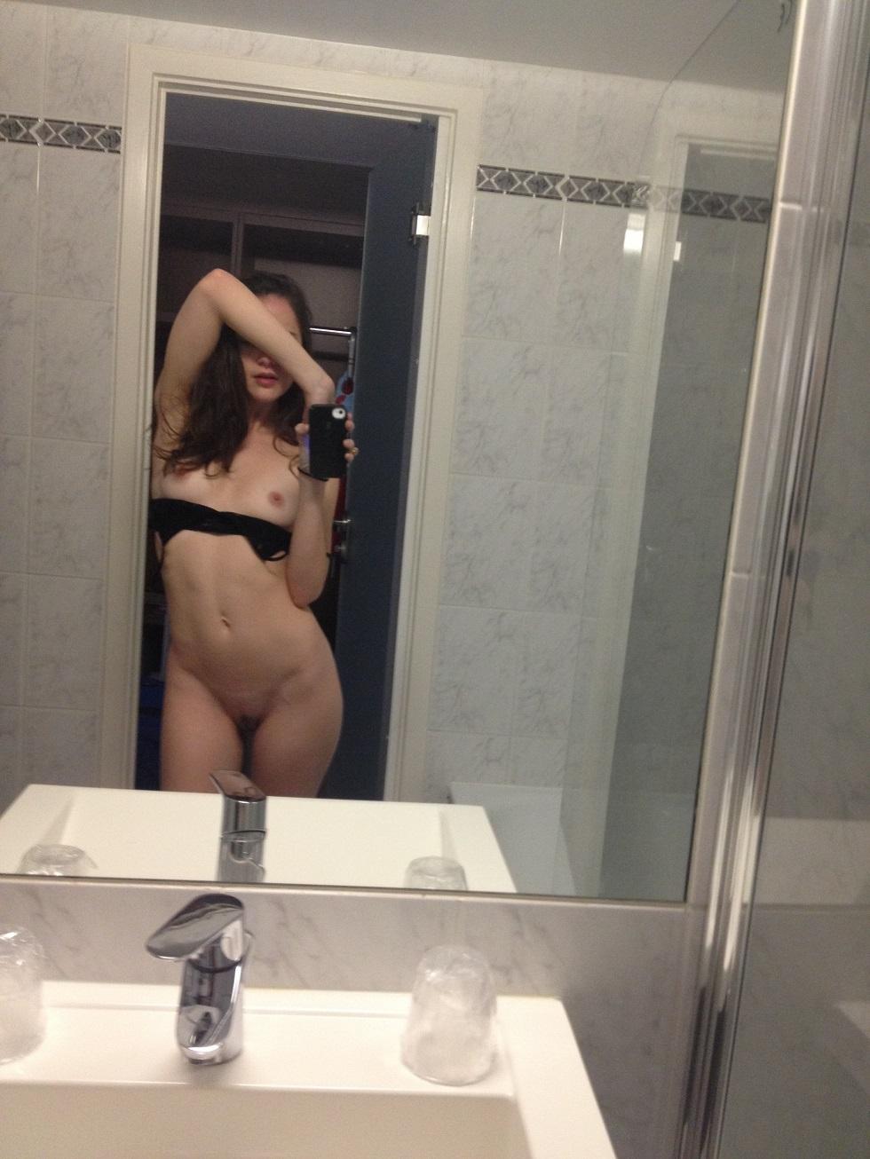 alexa2 - Alexa Nikolas naked