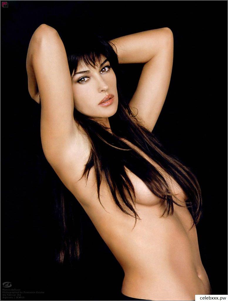 celeb topless