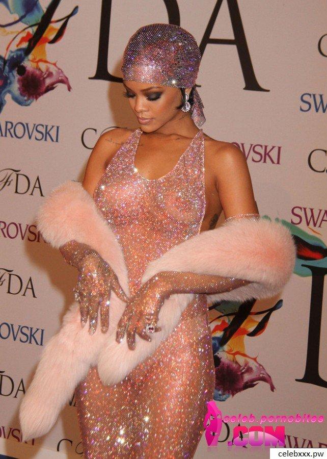 Rihanna Leaked pics
