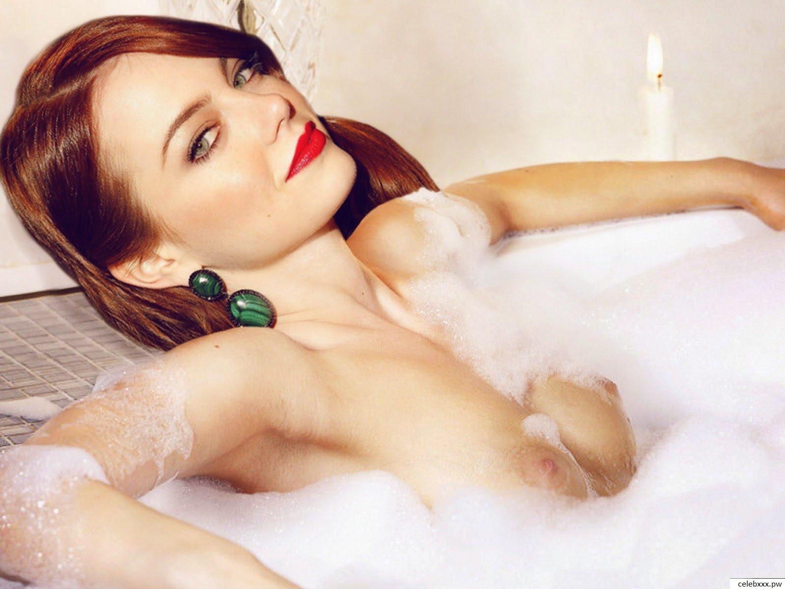 emma-stone-nude1