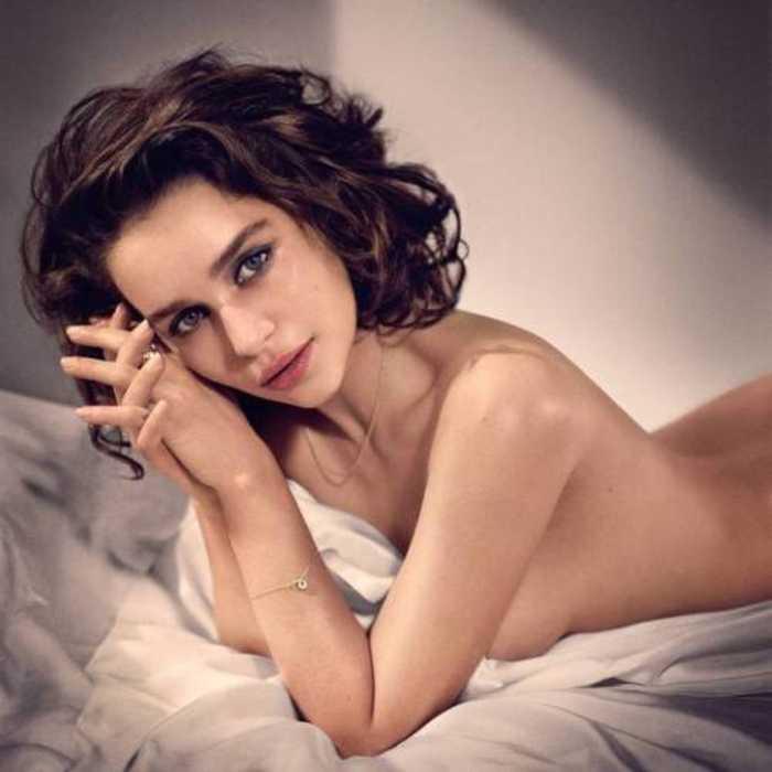 Emilia Clarke-hot-and-sexy5