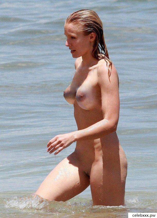 Kristen Anne Bell 3