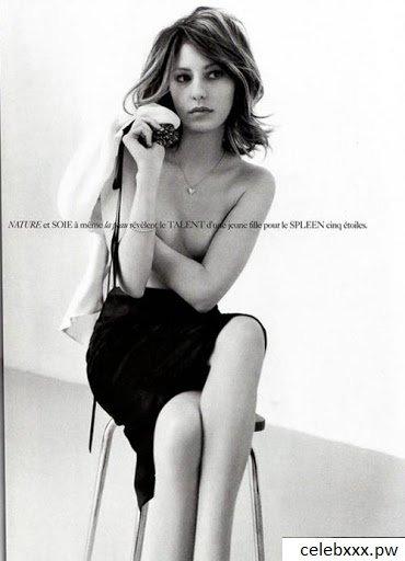 Sofia Coppola topless